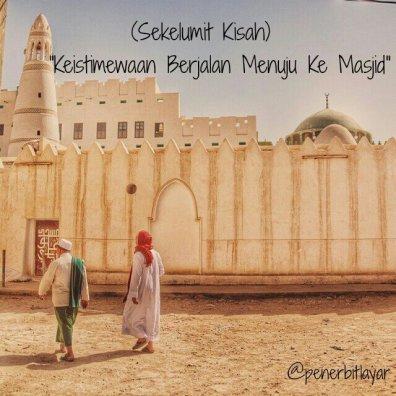 pergi ke masjid
